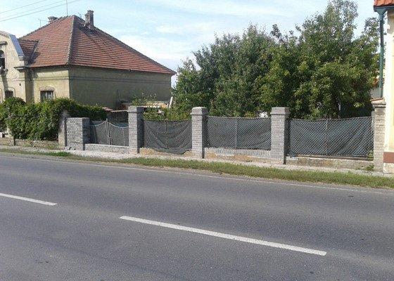 Stavba plotu a hydroizolace