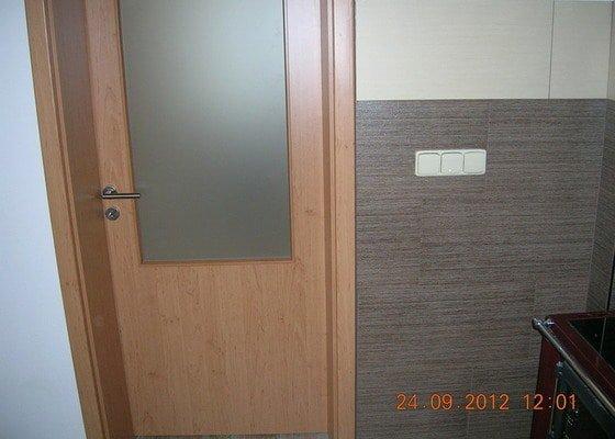 Rekonstrukce dvou pokojů a chodby