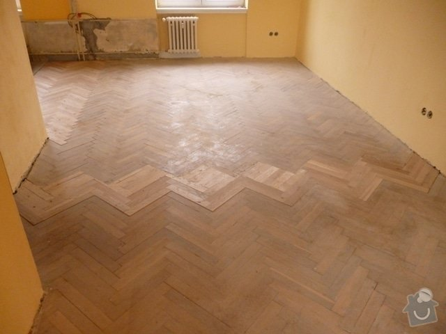 Dokládka dřevěné parketové podlahy: P1020187