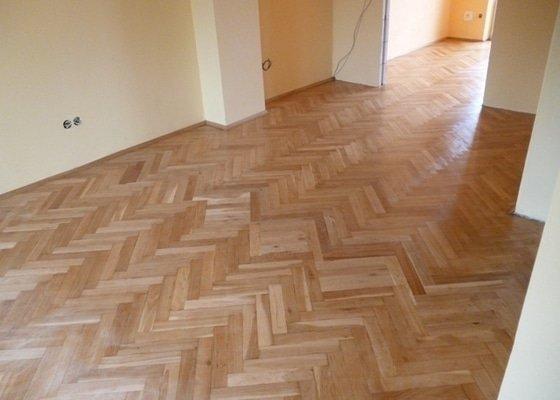 Dokládka dřevěné parketové podlahy