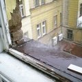 Oprava strechy cinzovniho domu v praze puda okap nad oknem soukenicka 9