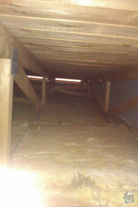 Oprava ploché střechy, úprava stoupací šachty: IMAG0502