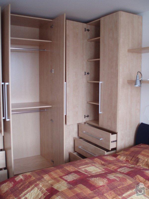 Atypické vestavěné skříně do ložnice: P3280031