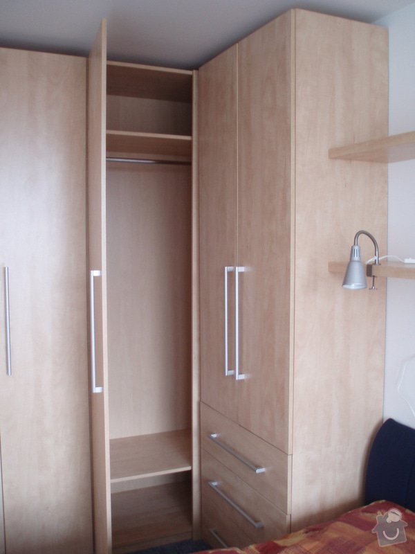 Atypické vestavěné skříně do ložnice: P3280032