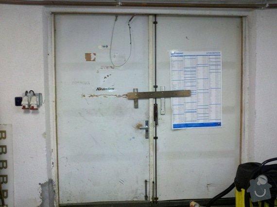 Stolařské /zednické/práce oprava nebo nové vrata do skladu: vrata