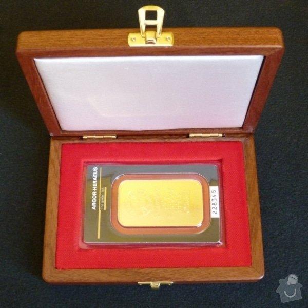 Čalounění pro dřevěnou krabičku na investiční zlaté slitky: etuje_slitek