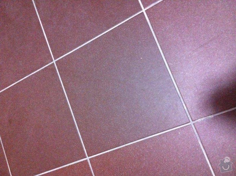 Podlaha v technické místnosti (dílně): IMG_0715_1_