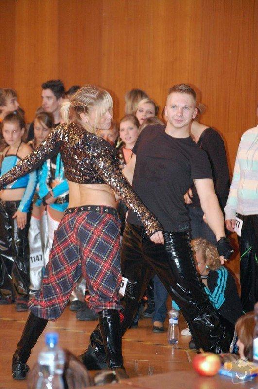 Ušití pánských kalhot na Disco Dance: DSC_0765