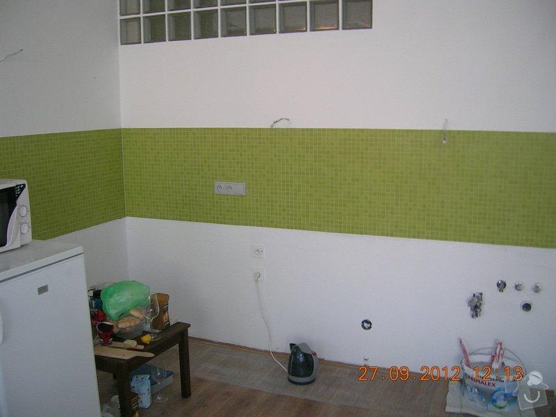 Kompletní rekonstrukce koupelny  (170x300cm) a WC: DSCN4680