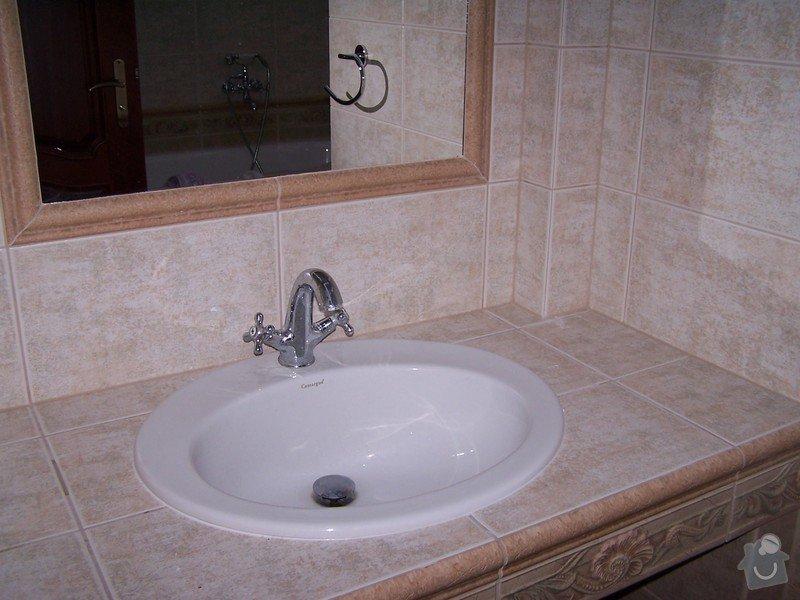 Rekonstrukce koupelny, rekonstrukce WC, rekonstrukce schodiště: 100_4710