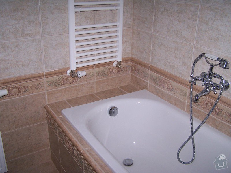 Rekonstrukce koupelny, rekonstrukce WC, rekonstrukce schodiště: 100_4712