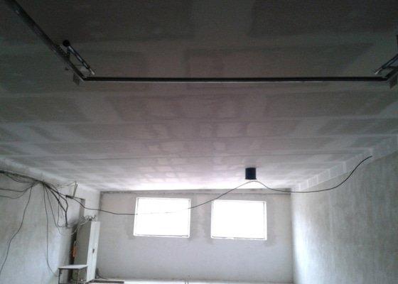 Sádrokartonové podhledy s tepelnou izolací