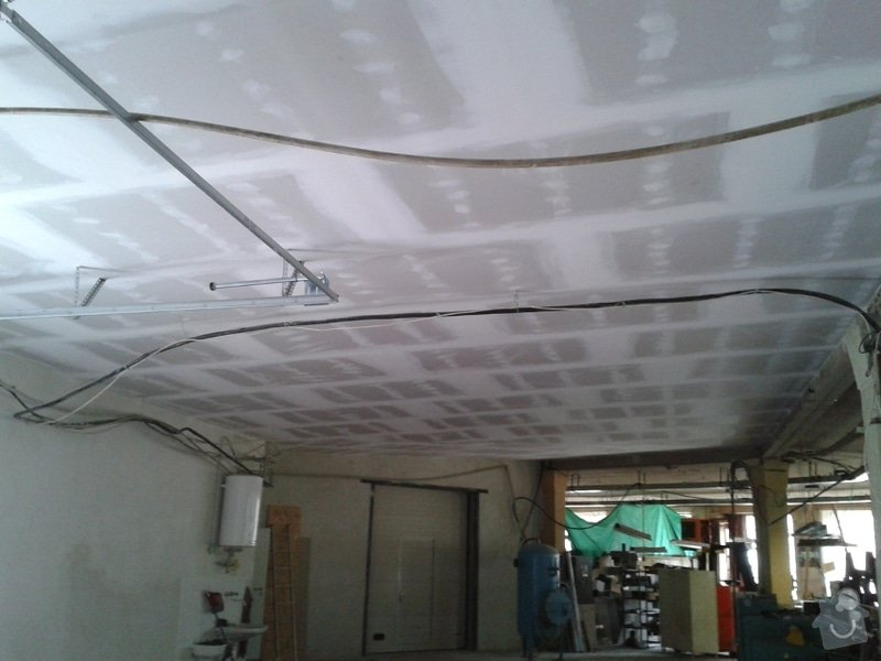 Sádrokartonové podhledy s tepelnou izolací: Aeron3