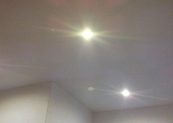 Montáž podhledu s bodovým osvětlením