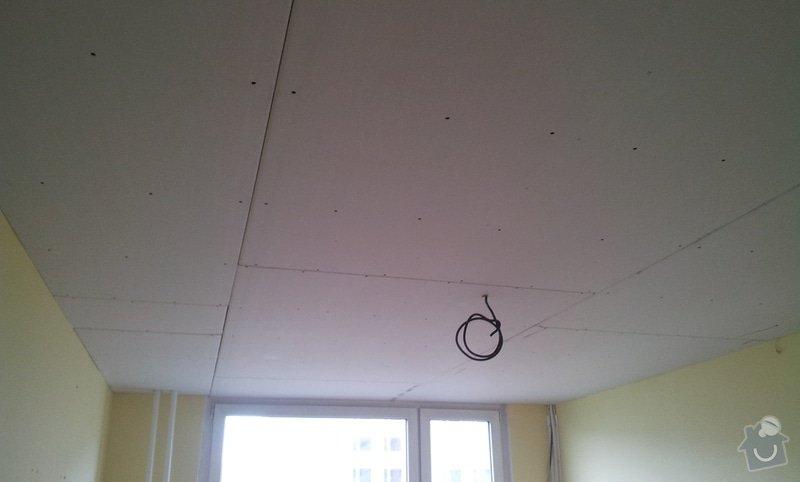 Instalace sdk podhledů z důvodu zakrytí nových rozvodů elektroinstalace: 20121002_113418