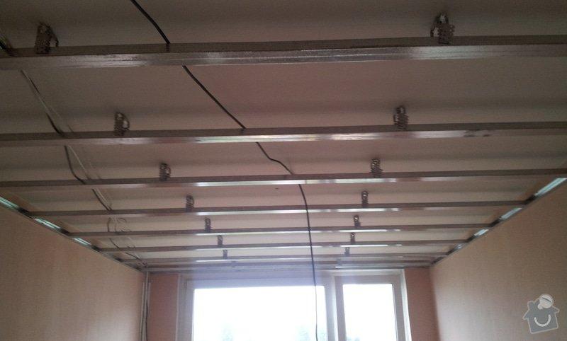 Instalace sdk podhledů z důvodu zakrytí nových rozvodů elektroinstalace: 20121004_101916