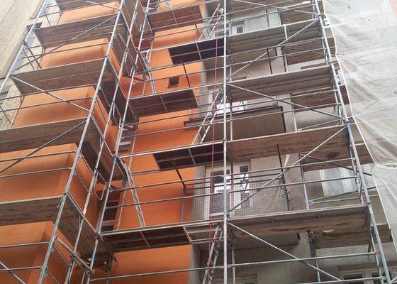 Rekonstrukce fasády + zateplení BD Brno