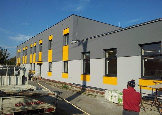 Rekonstrukce fasády + zateplení  Albrechtice