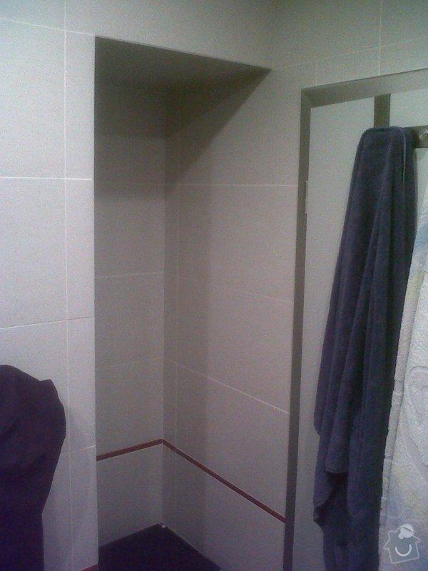Zrcadlo a poličky do koupelny: IMG01285-20121015-2056