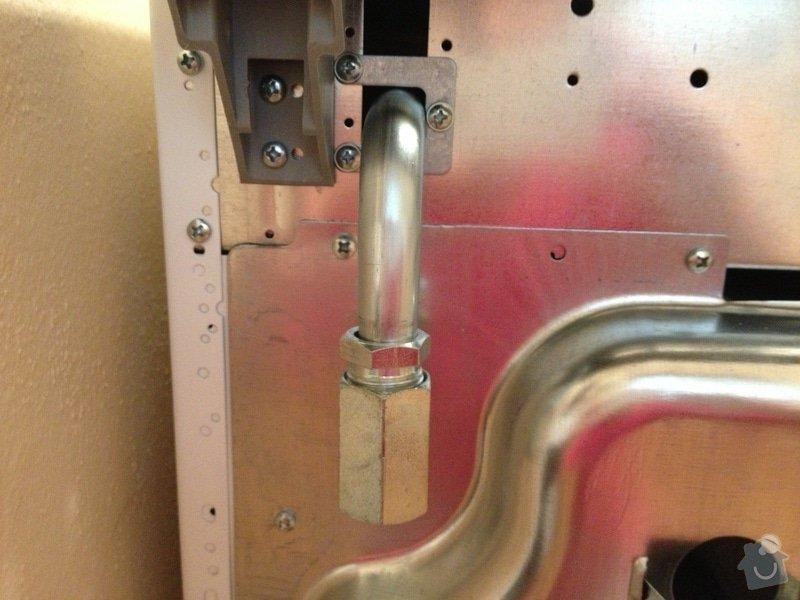 Odpojení/zapojení plynového sporáku: IMG_0193_1_