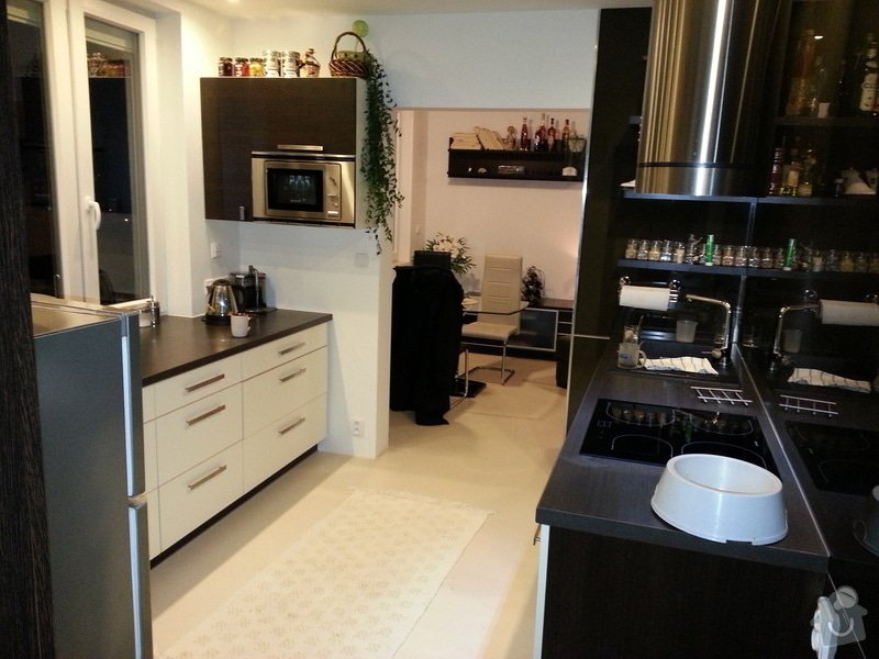 Rekonstrukce bytu: Kuchyn_pohled_z_loznice
