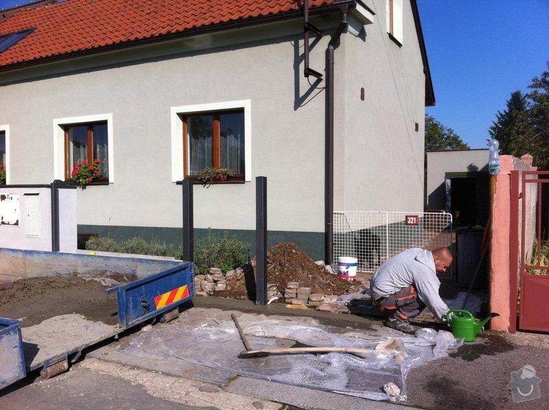 Stavba podezdivky pod plot: IMG_0702