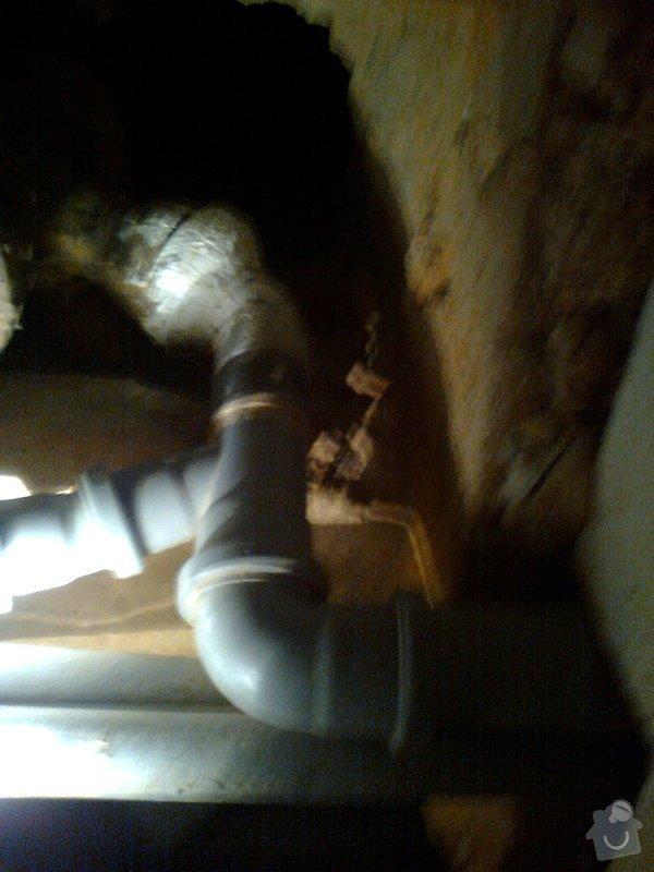 Oprava připojení odpadu z vany na litinovou stupačku: Fotografie0155_1_