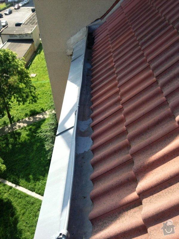 Oprava střechy a děravého žlabu pomocí horolezecké techniky: Fotografie085