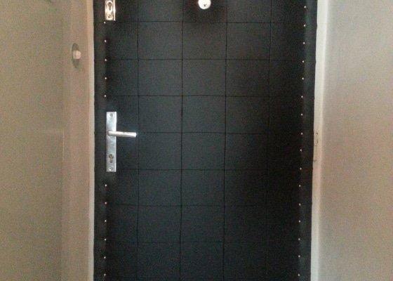 Čalounění odhlučnění izolace dveří