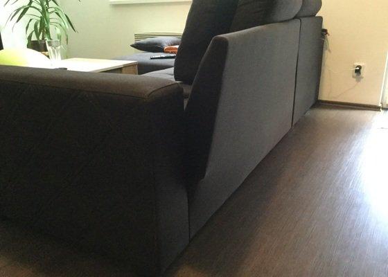 Truhlářství, čalounictví - oprava kostry sedačky