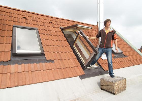 Žaluzie na střešní okno a balkonové dveře