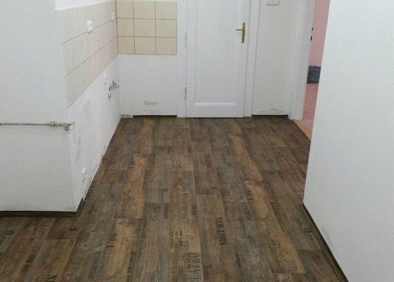 Položení lina+vyrovnání podlahy