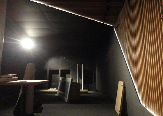 Rekonstrukce nahrávacího studia.