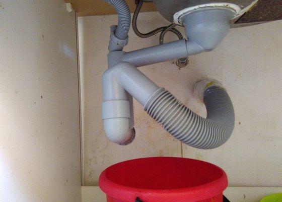 Oprava dřezu a popř. i splachování wc