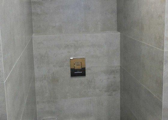 Pokládku dlažby a obkladů koupelna