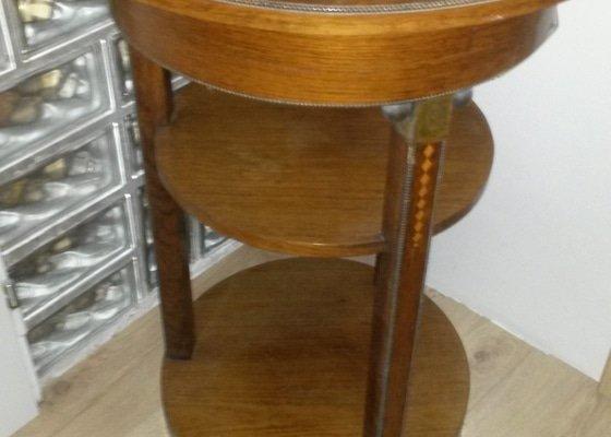 Renovace starožitného nábytku (stolek + 2 křesílka)