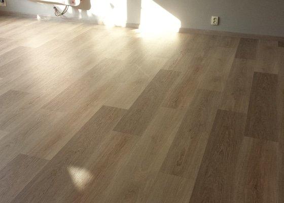 Pokládka vinylové plovoucí podlahy Fatraclick