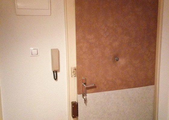Vchodové dveře - renovace