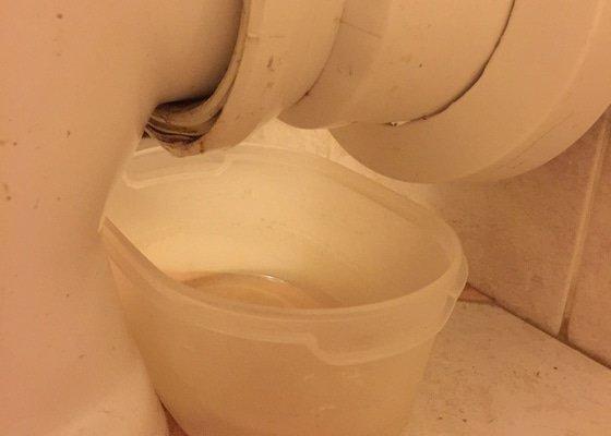 Oprava zatekání záchoda