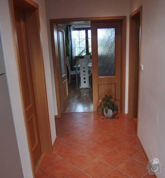 Výměna plovoucí podlahy a renovace koupelny, malování: chodba