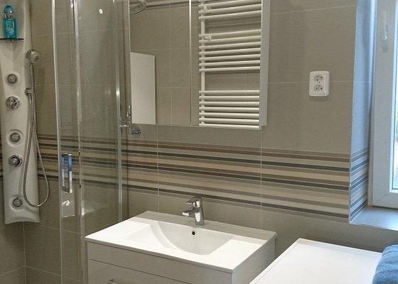 Kompletní rekonstrukce koupelen, toalet v rodinném domě.