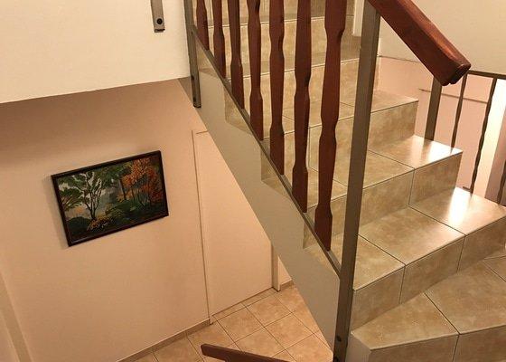 Malířské práce - choba přes 2 patra