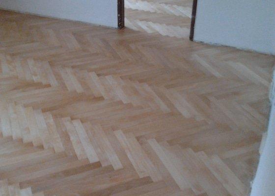 Renovace dřevěných parket (cca 30 m2)