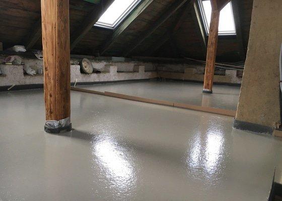 Litá betonová podlaha CEMFLOW CF30, rekonstrukce RD.