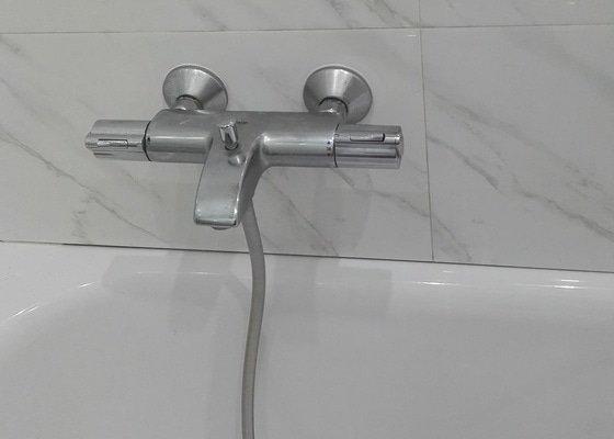 Instalatérské + obkladačské práce koupelna