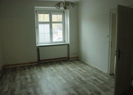 Rekonstrukce bytu vč. podlahového topení