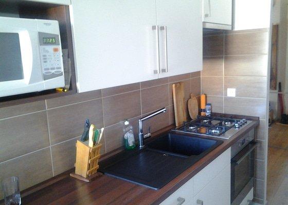Kuchyňská linka a vestavěné skříně
