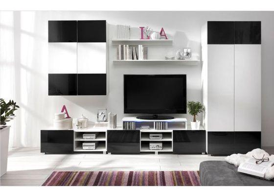 Montáž nábytku - obývací stěna