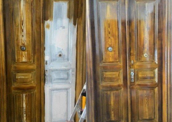Renovace dveří v celém domě a nátěr fasády