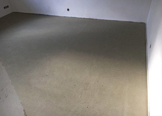 Litá betonová podlaha CEMFLOW CF25, novostavba RD.